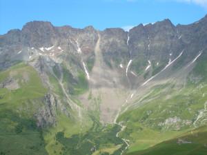Analisi geomorfologica e idraulica del bacino del Torrente Buthier
