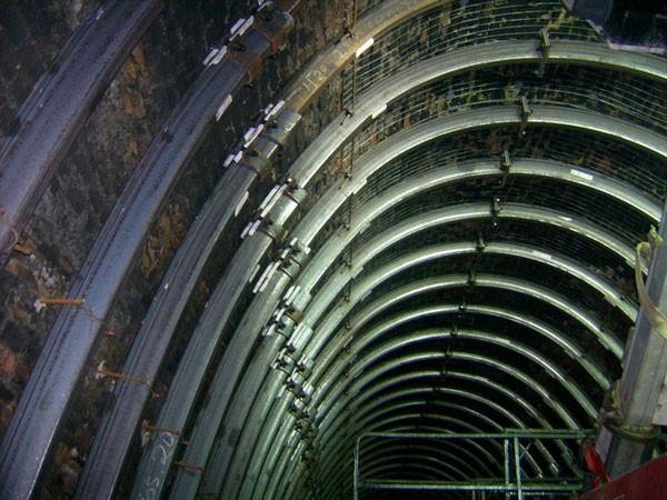 Consolidamento strutturale di galleria ferroviaria